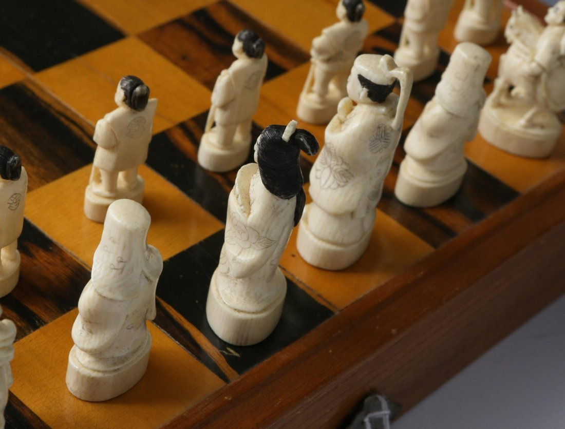 JAPANESE IVORY CHESS SET WITH CASE/BOARD - 8