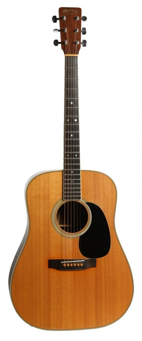 MARTIN ACOUSTIC MODIFIED TO ELECTRIC GUITAR