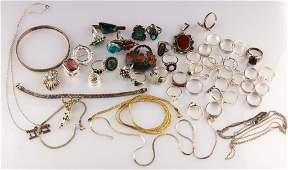 MIXED LOT OF STERLING SILVER JEWLERY