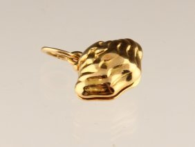 Tiffany & Co. 18k Yellow Gold Oyster Charm