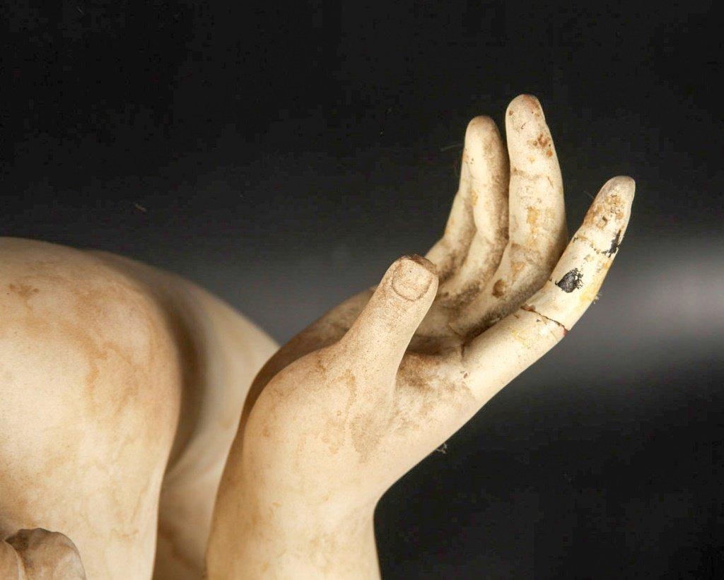 19TH C PIETRO BAZZANTI CROUCHING VENUS STATUE - 4