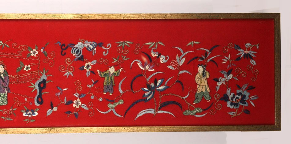 LARGE FRAMED CHINESE SILK EMBROIDERY TO FELT - 2