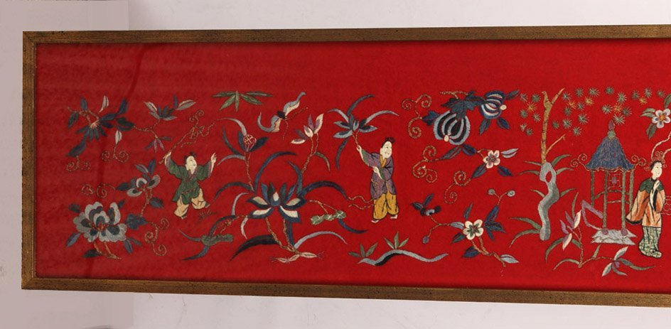 LARGE FRAMED CHINESE SILK EMBROIDERY TO FELT - 4