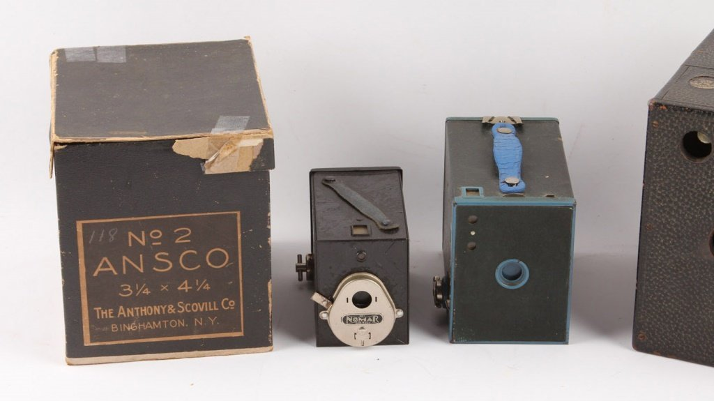5 EARLY 20TH CENTURY CAMERAS - 3