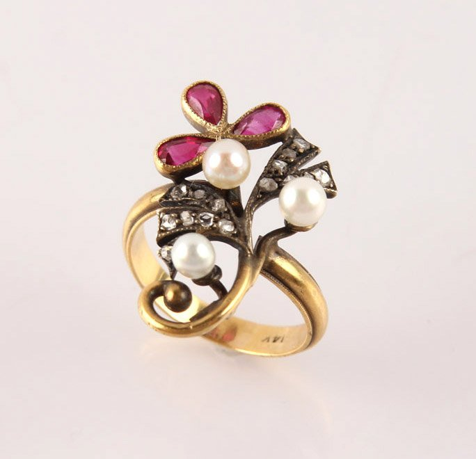 LADIES YELLOW GOLD DIAMOND RUBY PEARL ESTATE RING