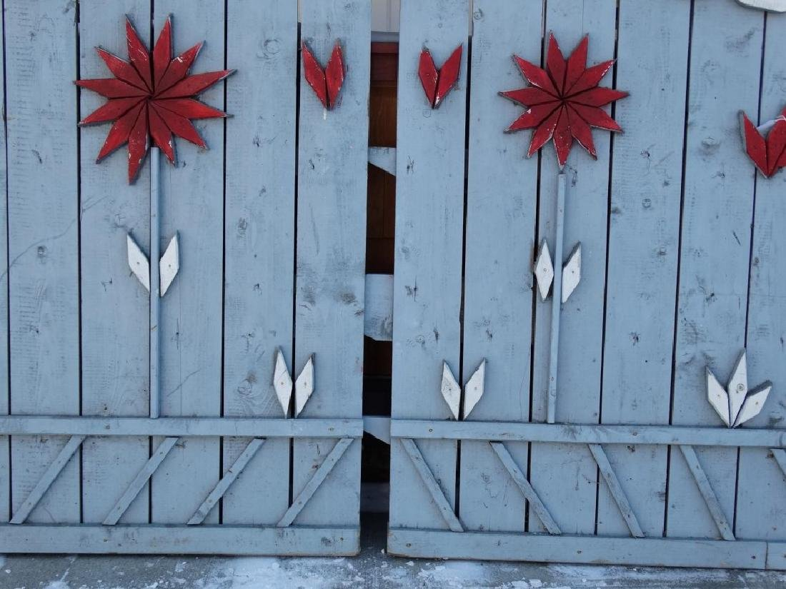 Pair Of Wooden Gates - 7