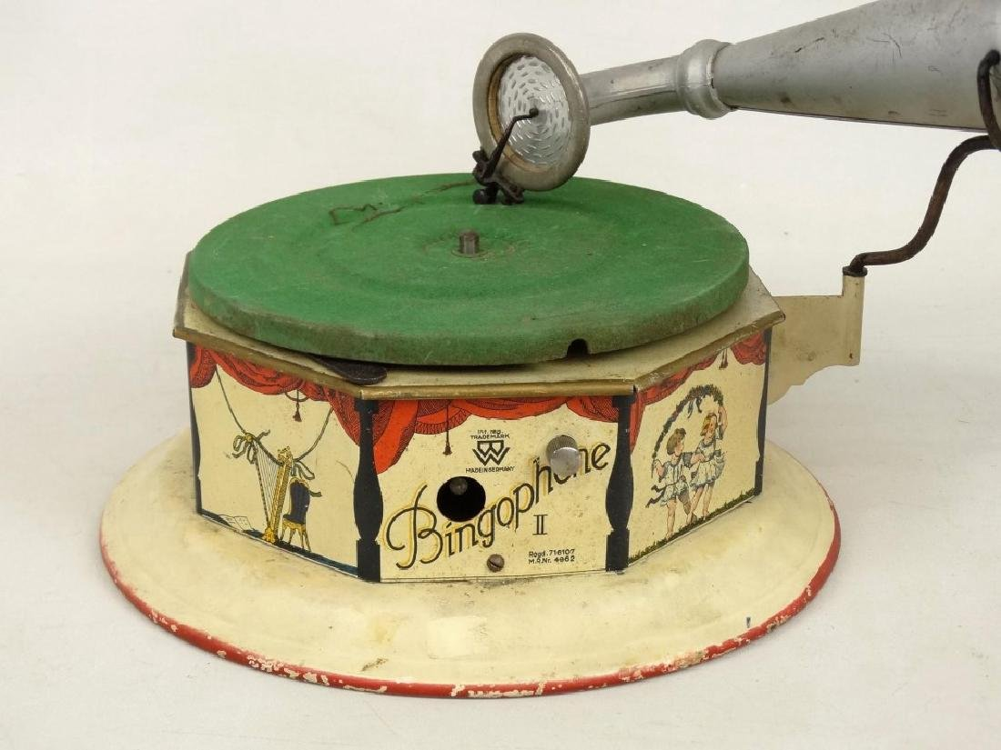 German Child's Bingophone Phonograph - 2