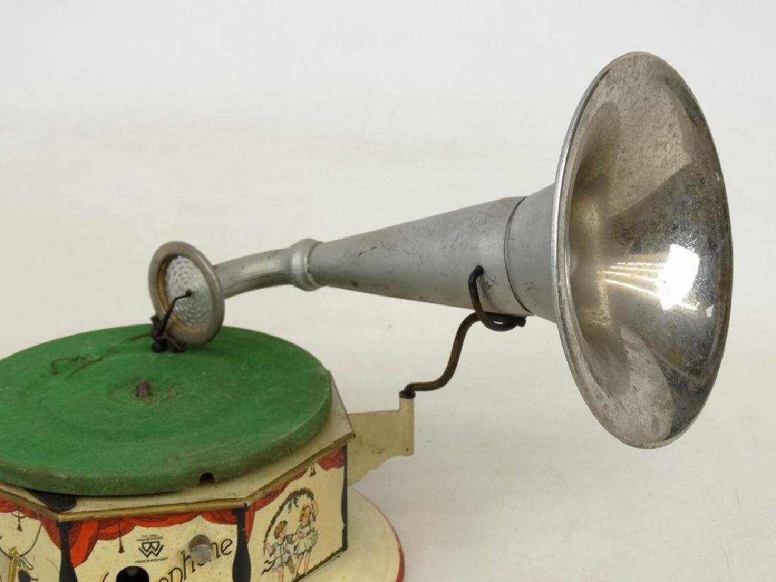 German Child's Bingophone Phonograph - 3