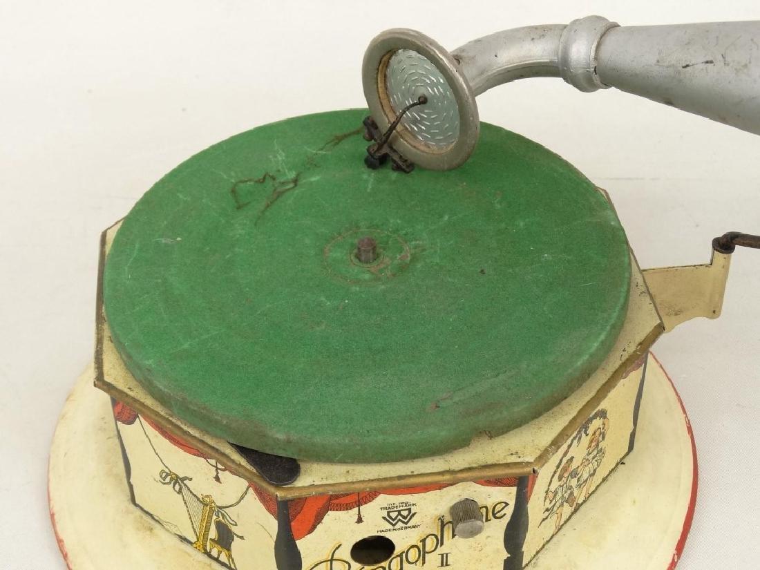 German Child's Bingophone Phonograph - 4