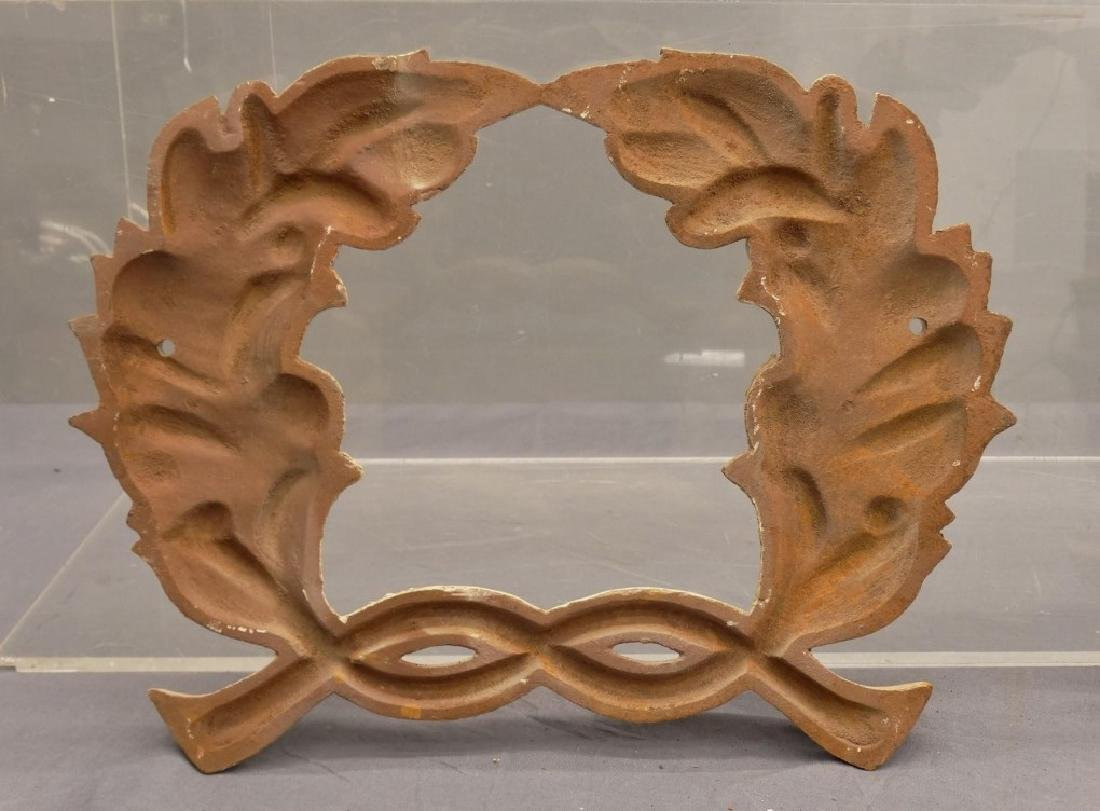 Cast Iron Wreaths - 4