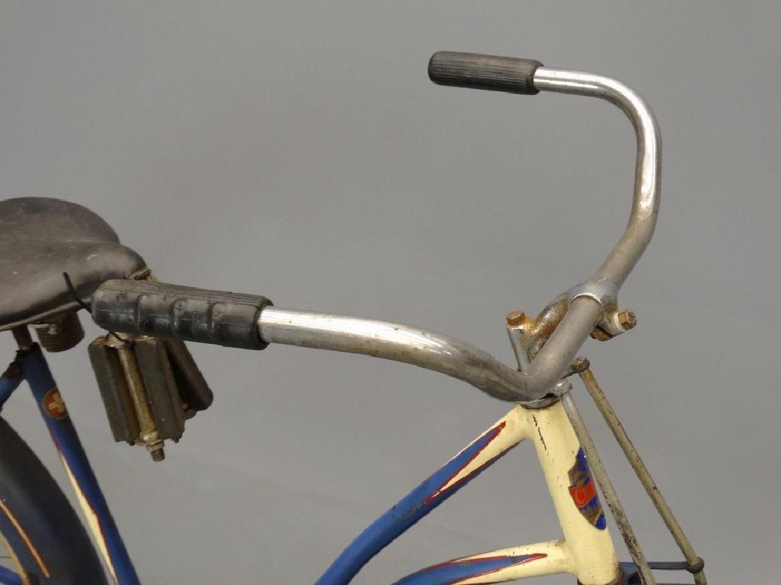 1940 Girl's Schwinn Bicycle - 2
