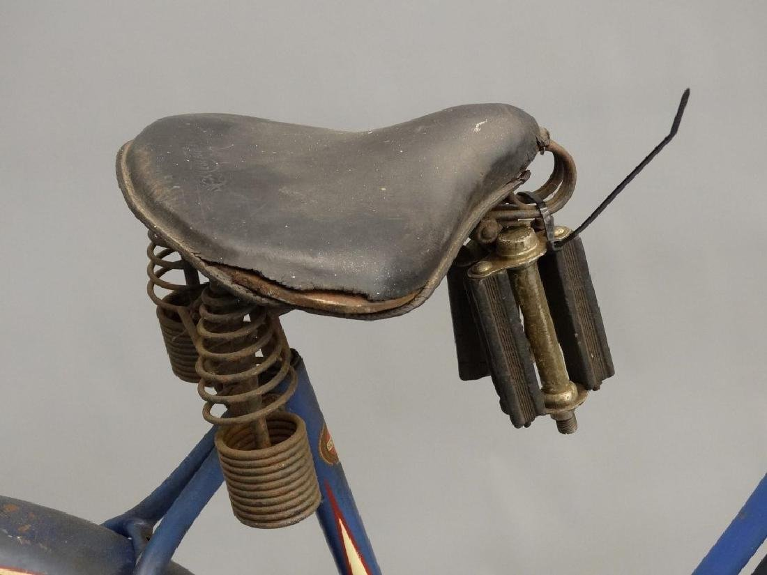 1940 Girl's Schwinn Bicycle - 5