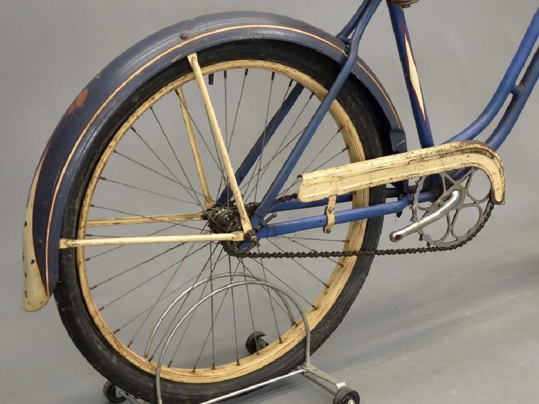 1940 Girl's Schwinn Bicycle - 7
