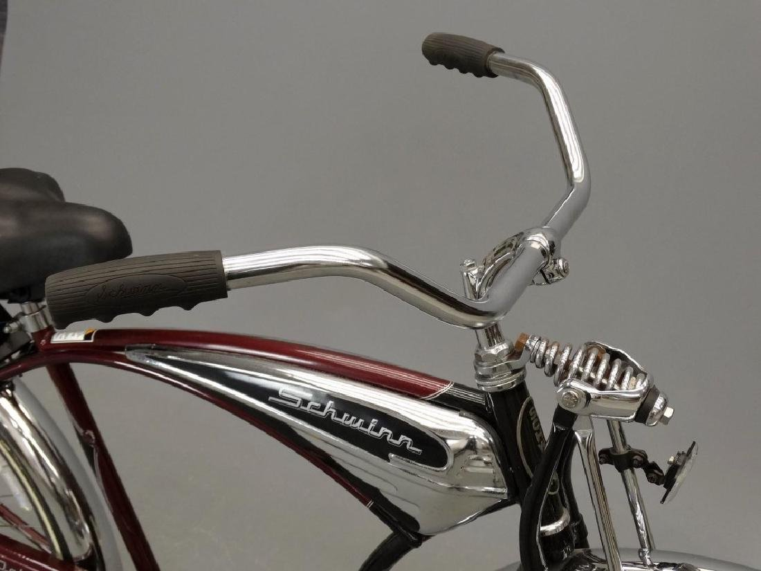 Schwinn Cruiser Deluxe Balloon Tire Bicycle - 2