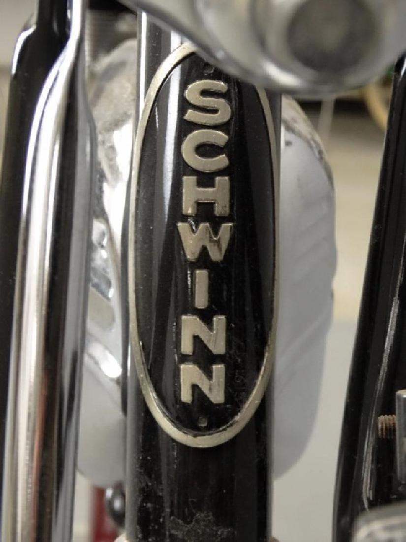 Schwinn Cruiser Deluxe Balloon Tire Bicycle - 4