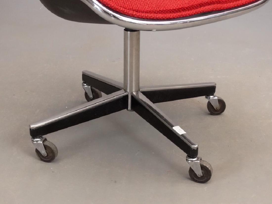 Knoll Type Mid Century Chair - 4