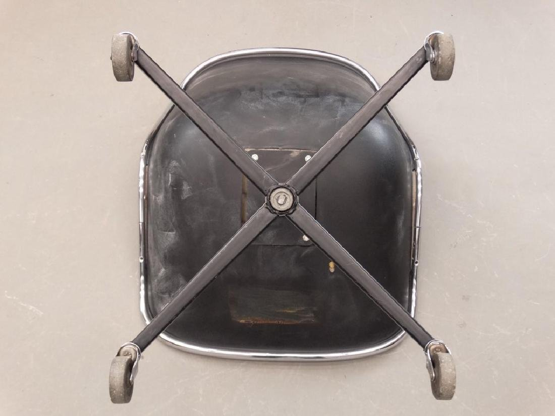 Knoll Type Mid Century Chair - 5