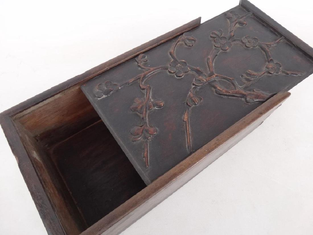 19th c. Slide Lid Candle Box - 2