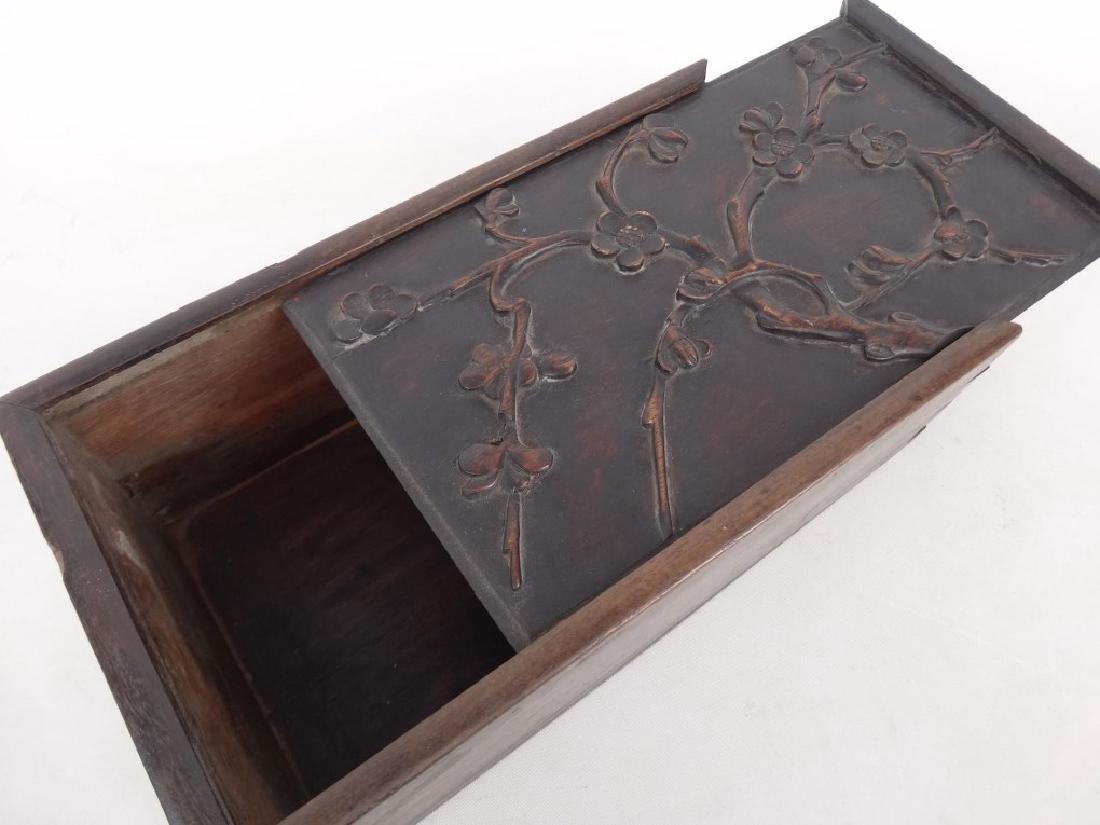 19th c. Slide Lid Candle Box - 2