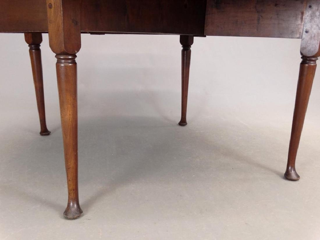 18th c. Queen Anne Dropleaf Table - 4