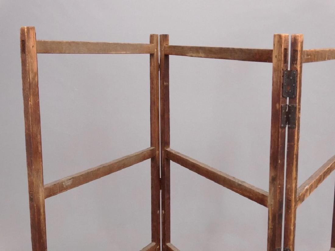 19th c. Quilt Rack - 2