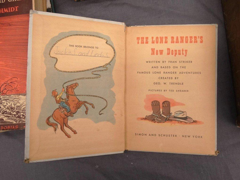 Vintage Books - 10