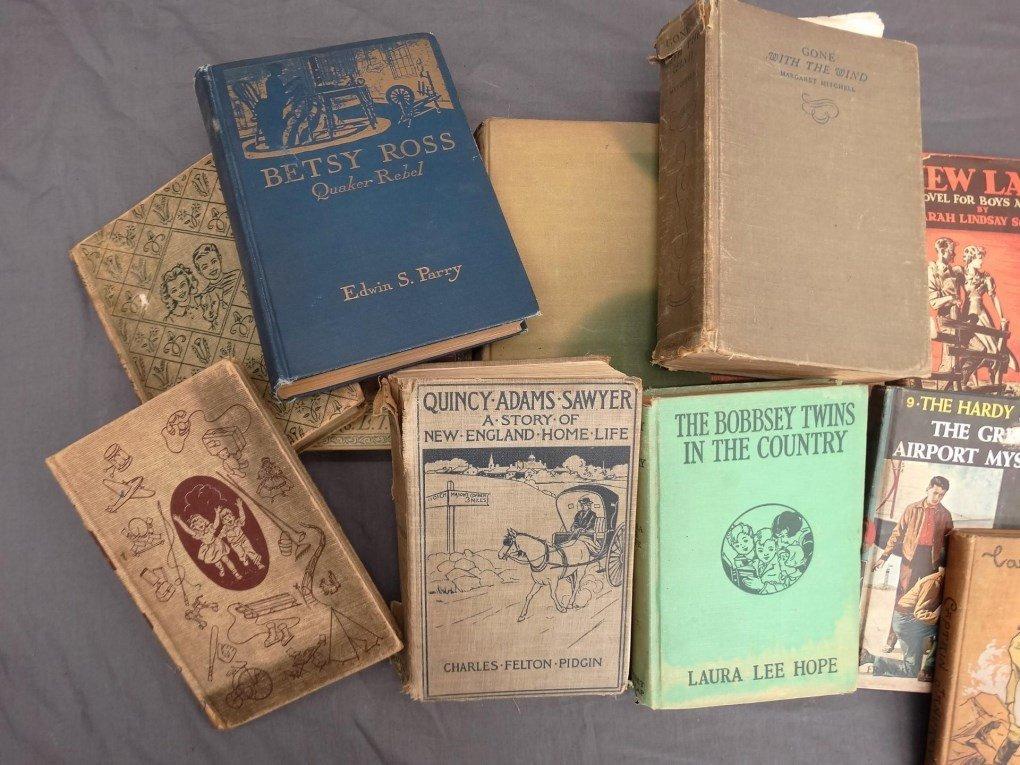 Vintage Books - 3
