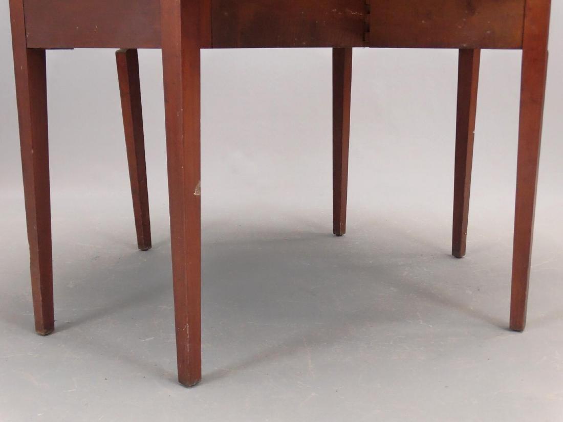 19th c. Hepplewhite Dropleaf Table - 5