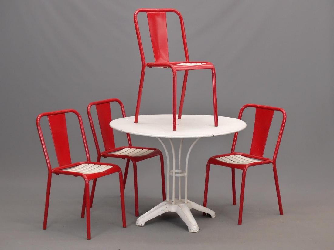 Vintage Metal Table & (4) Chairs