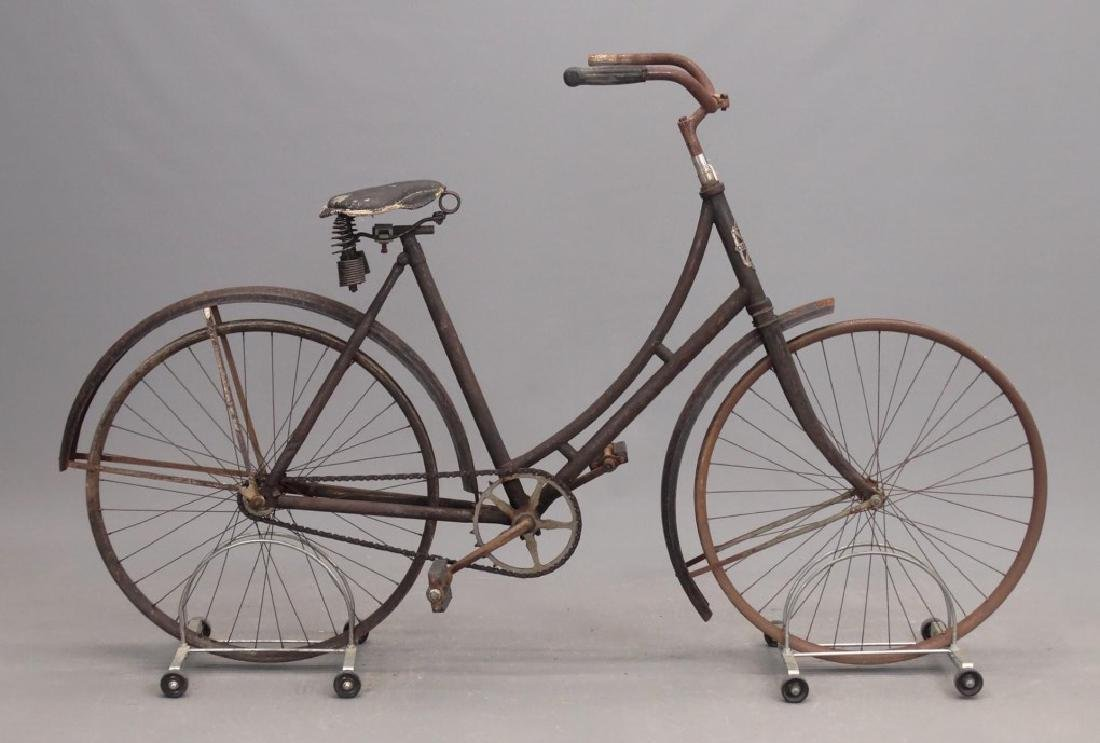 C. 1910 Cleveland Pneumatic Safety Bicycle