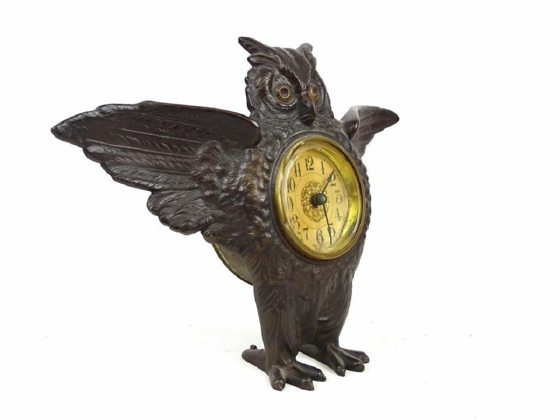 Cast Iron Figural Owl Clock - 4