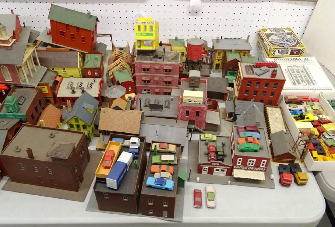 Large Lot of HO Scale Buildings - 5
