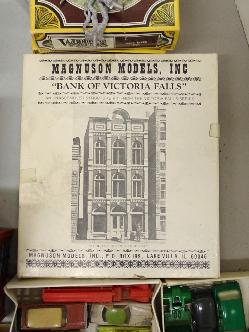 Large Lot of HO Scale Buildings - 7