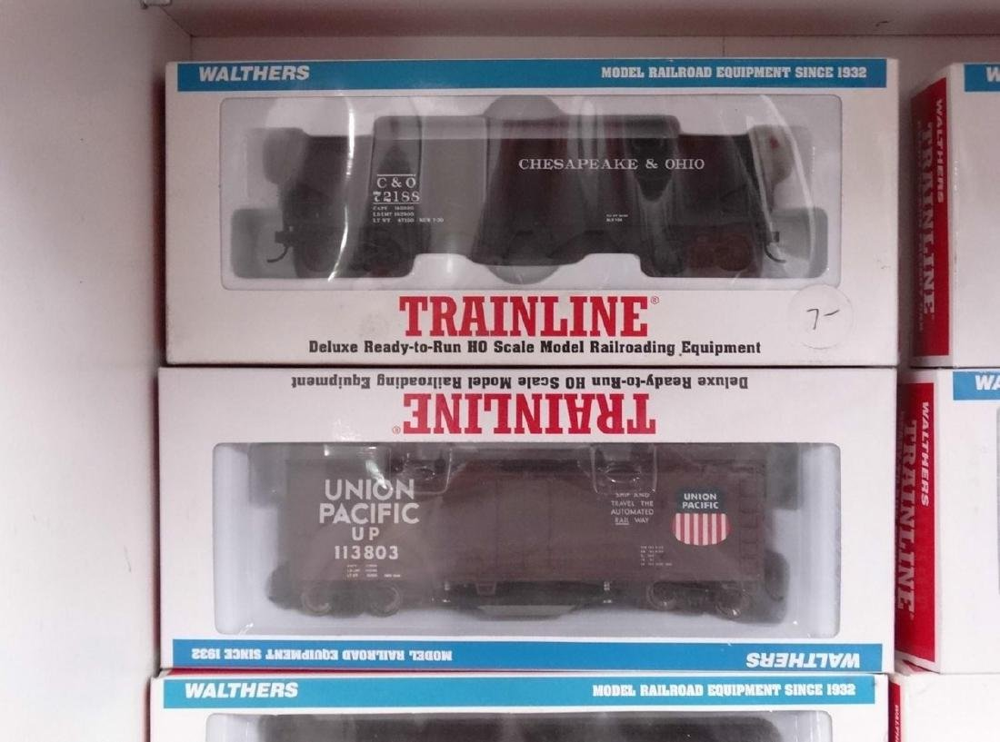 HO Scale Model Train Lot - 11