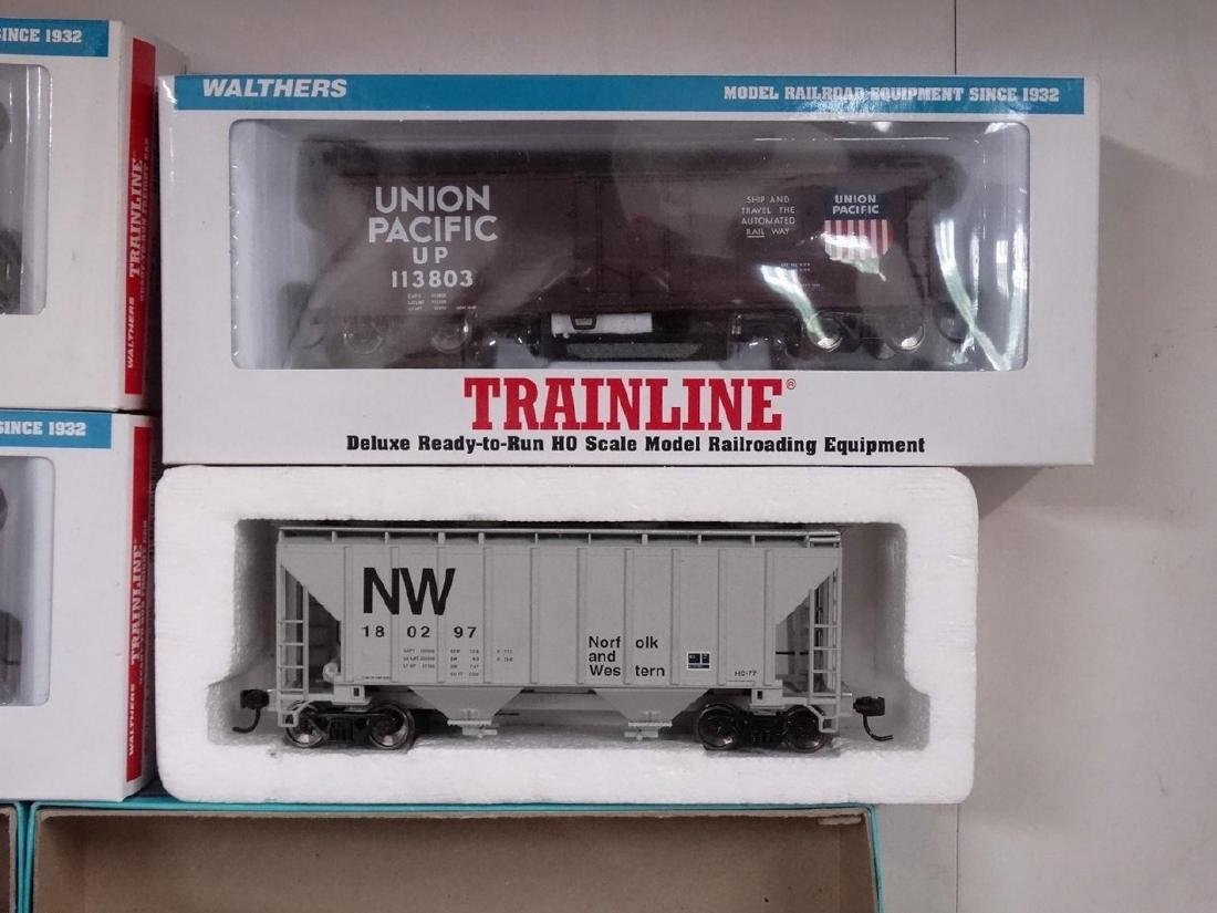 HO Scale Model Train Lot - 5