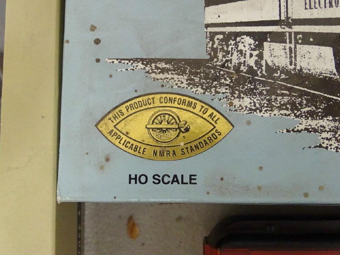 HO Scale Model Train Lot - 8