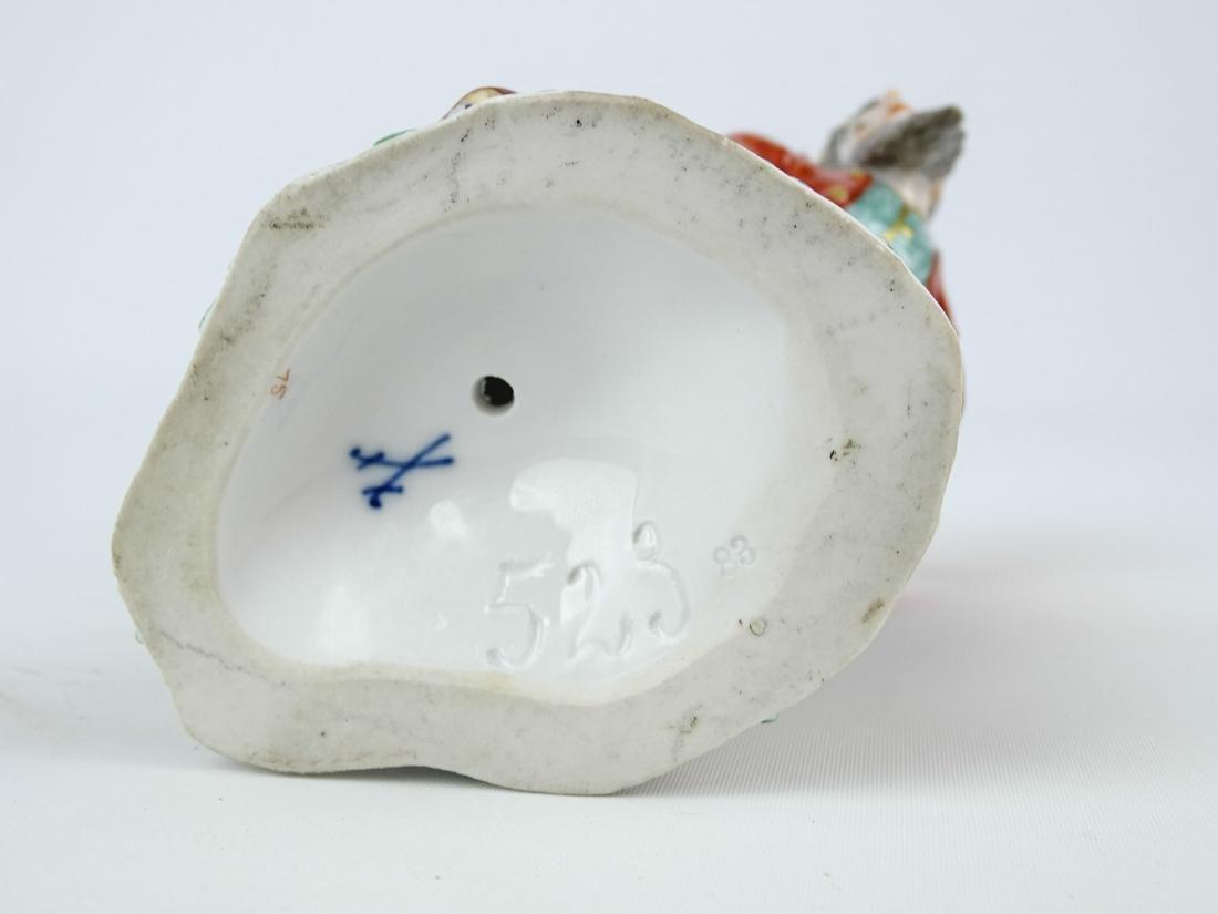 Pantaloon Porcelain Figure - 5