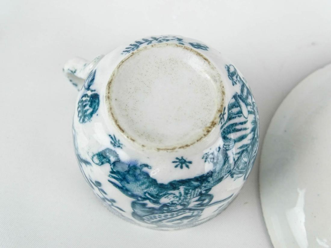 Teacups And Saucers - 10