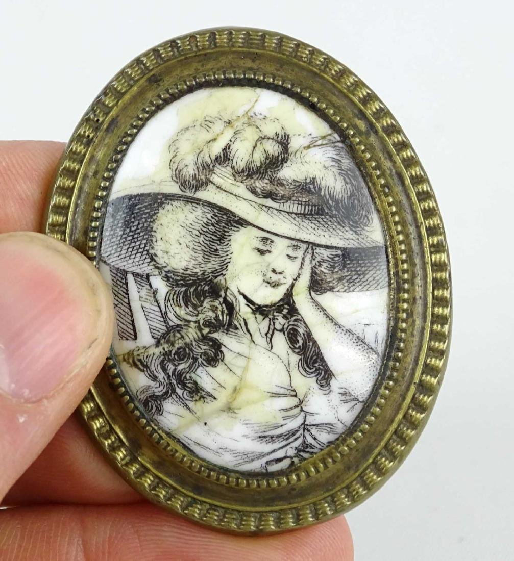 18th c. Enameled Knob - 2