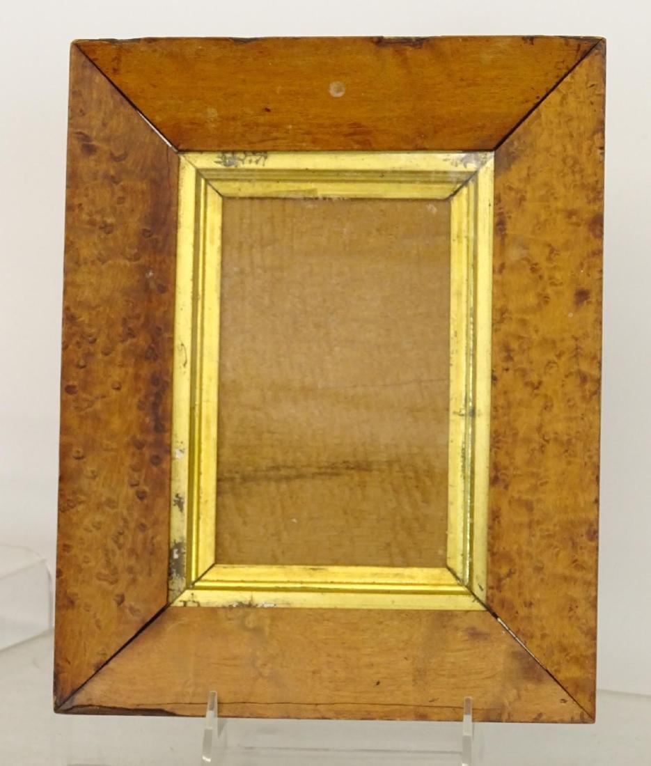 Frame Lot - 4