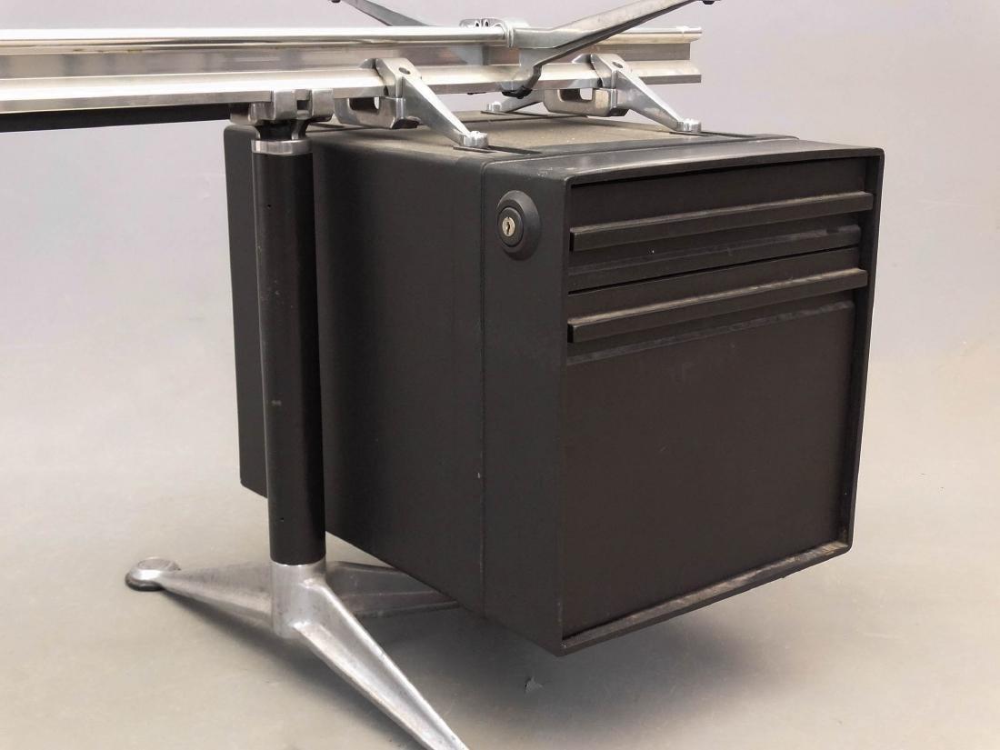 Herman Miller Desk By Burdick - 2