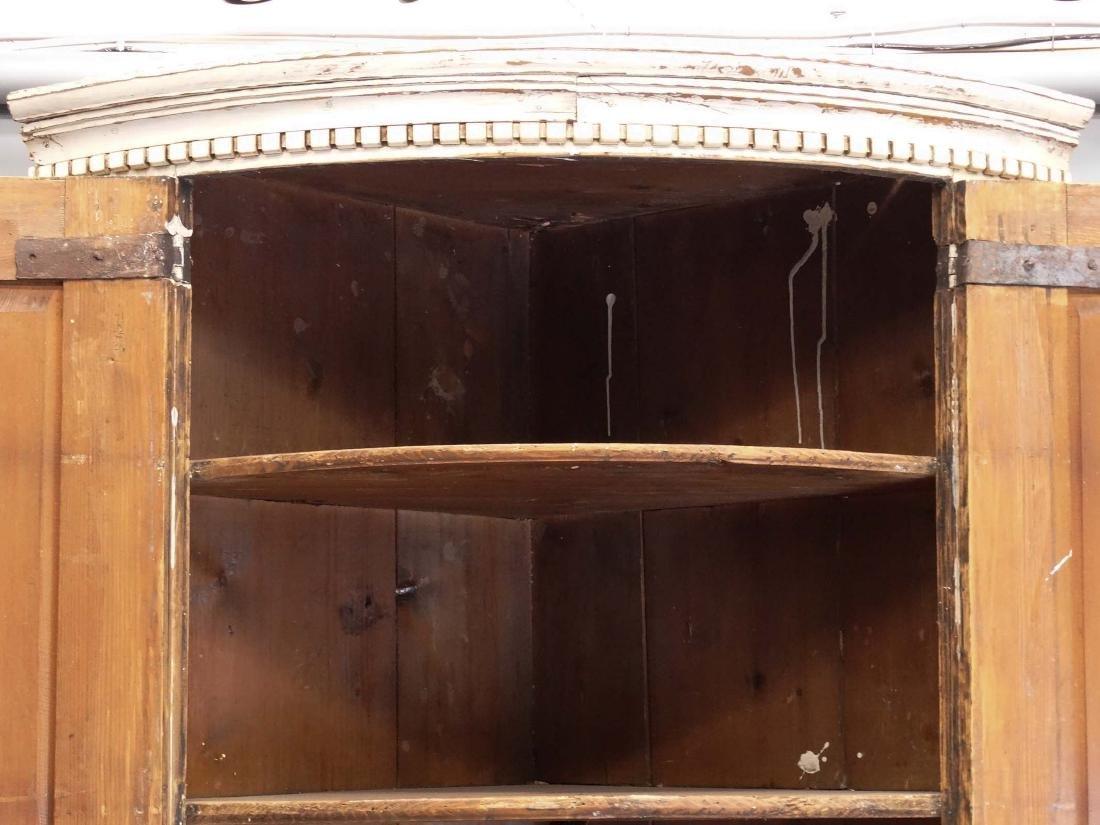 19th c. French Barrel Back Corner Cupboard - 3