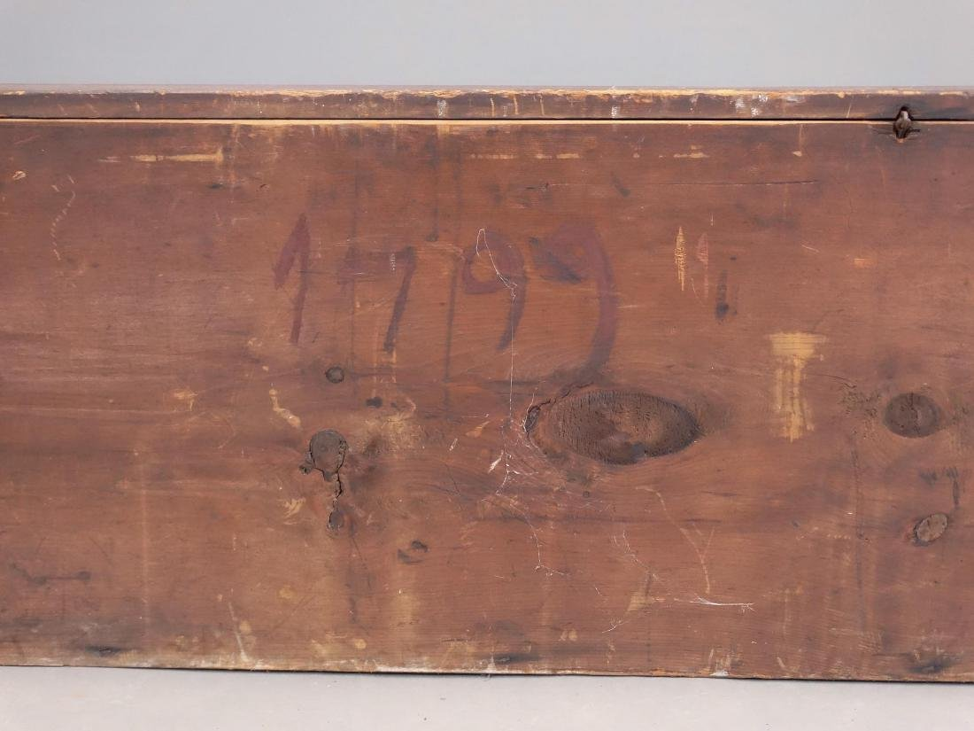 18th c. Blanket Box - 4