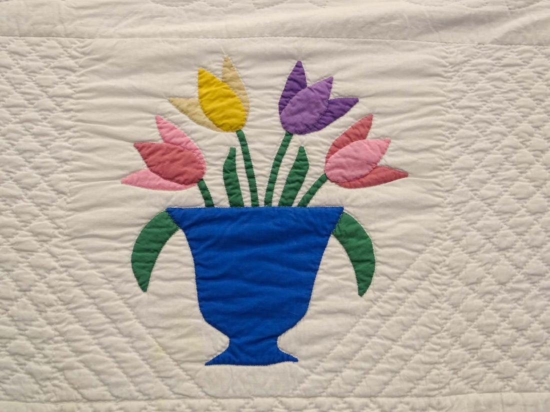 C. 1940's Floral Baskets Applique Quilt - 3