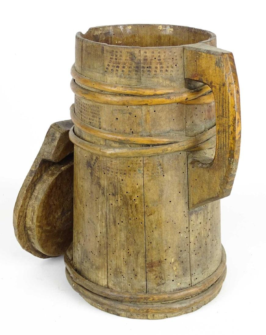 19th c. Wooden Tankard - 2