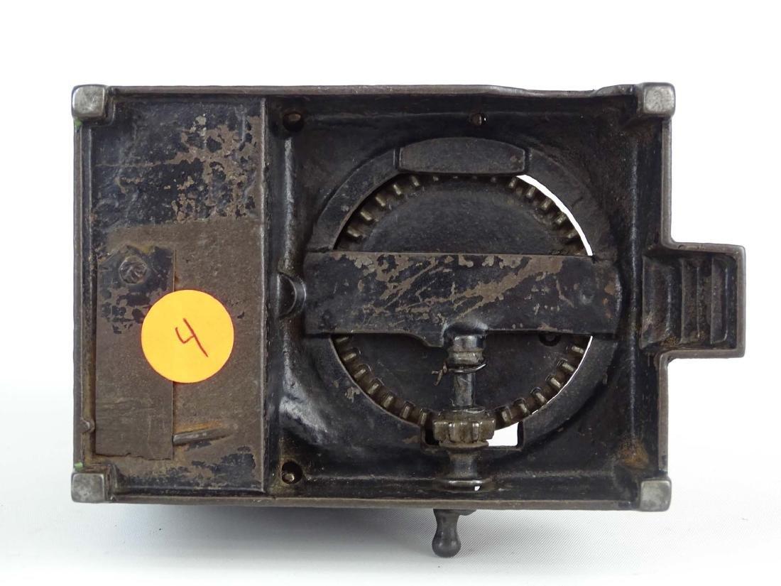 Mechanical Bank - 10