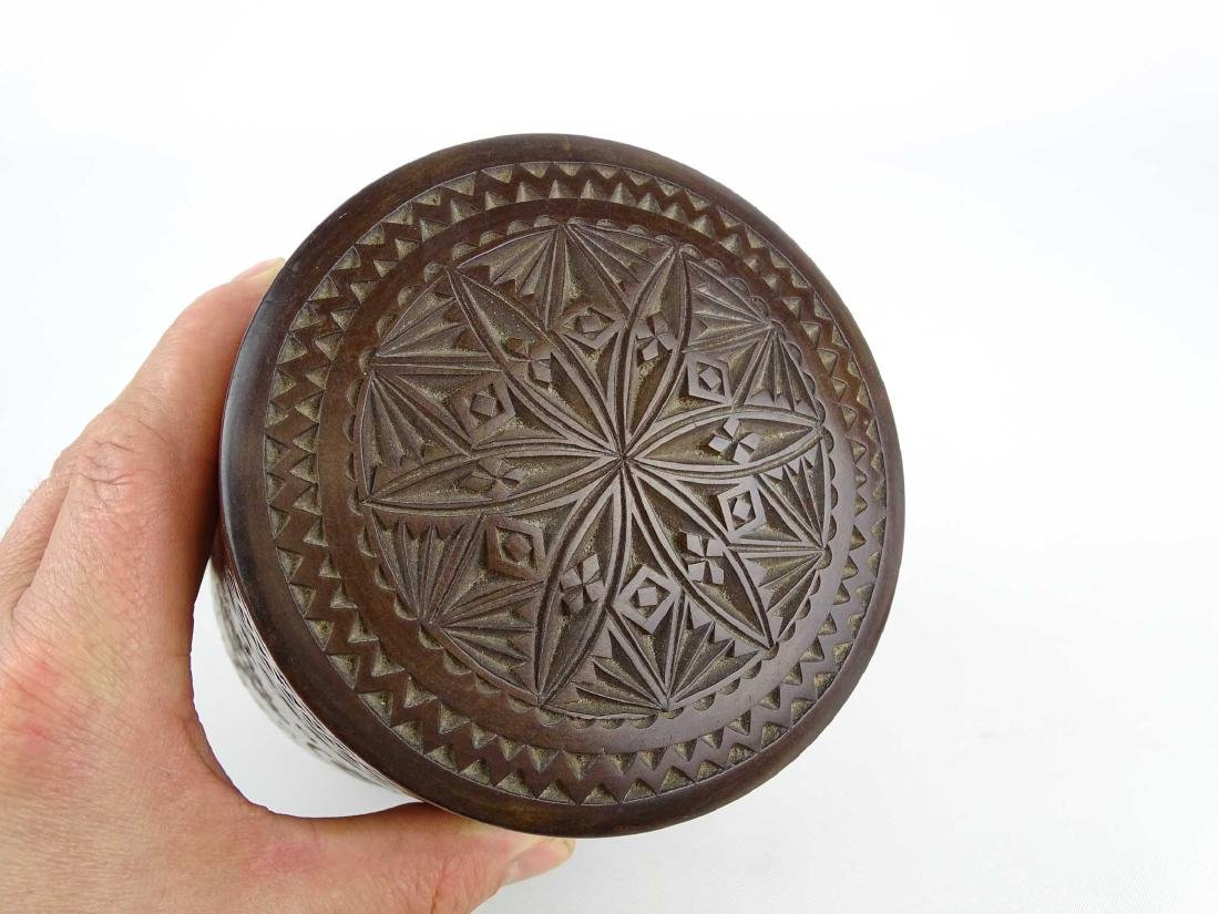 19th c. Carved Wooden Container - 10