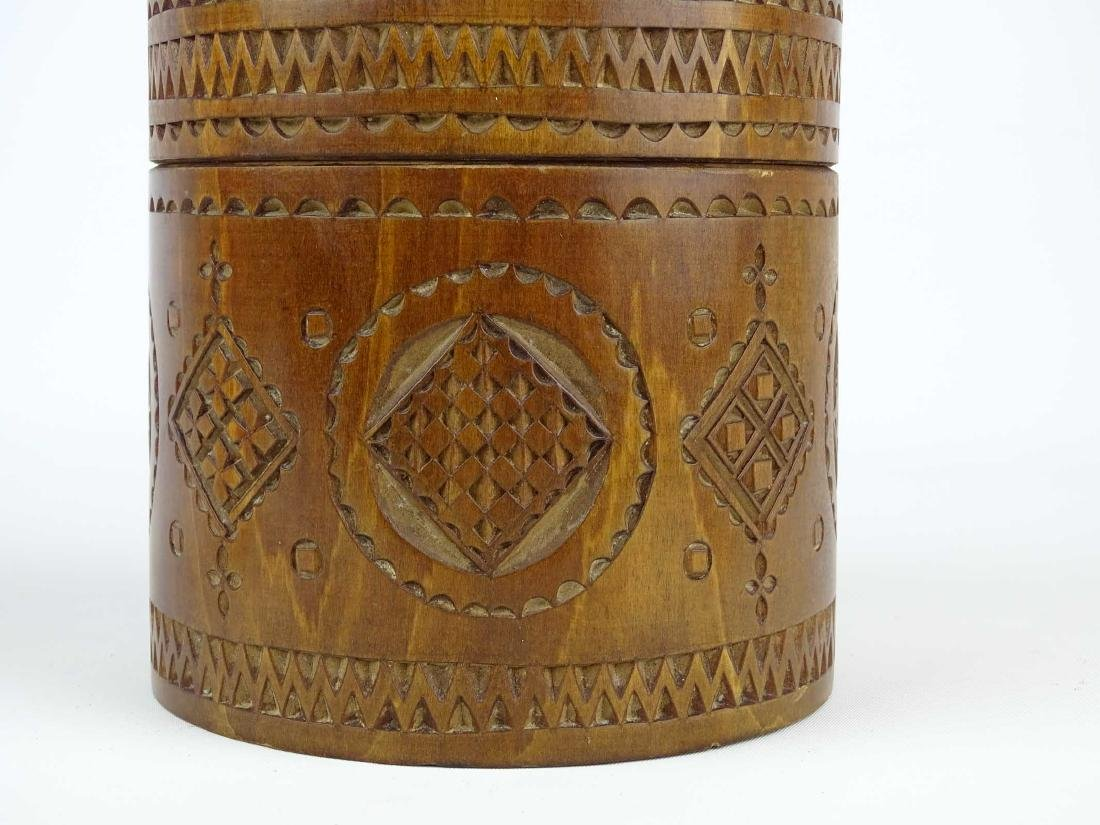 19th c. Carved Wooden Container - 3