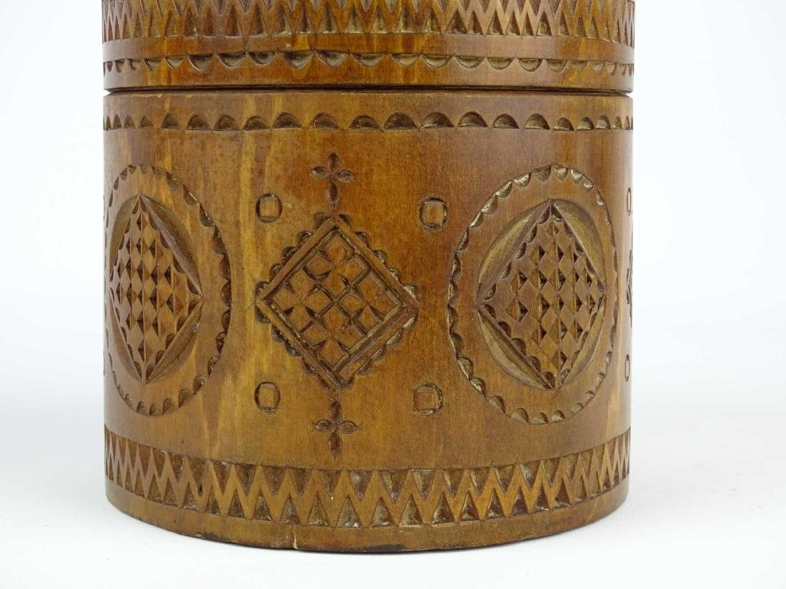 19th c. Carved Wooden Container - 4
