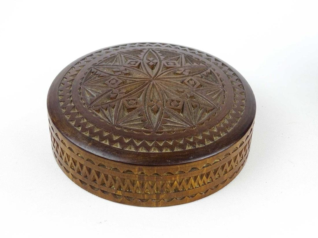 19th c. Carved Wooden Container - 6